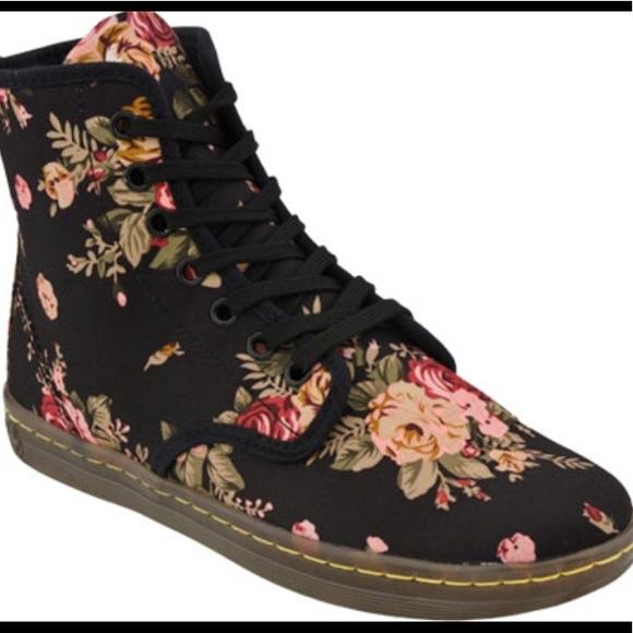 Dr. Martens Shoes - Dr. Martens floral shoes 193c8b60b0dd